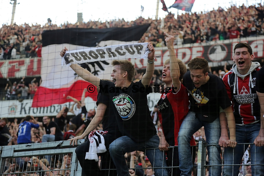 Eintracht Fans feiern den Einzug in den Europapokal