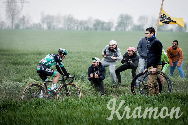 Juraj Sagan (SVK/Bora Hansgrohe) cheered on by the fans. <br /> <br /> 117th Paris-Roubaix (1.UWT)<br /> 1 Day Race: Compiègne-Roubaix (257km)<br /> <br /> ©kramon