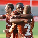 16.07.2010, Millerntor Stadion, Hamburg, GER, 1. FBL, FC St. Pauli vs. Bayer Leverkusen, im Bild Torschuetze Gerald Asamoah (Pauli#13), Foto © nph / Kohring