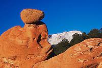 Rock formation and Pikes Peak at Sunrise, Garden of The Gods National Landmark, Colorado Springs, Colorado, USA