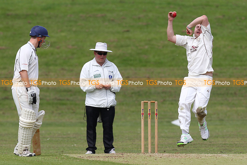 Ardleigh Green CC vs Woodford Wells CC - Essex Cricket League - 31/05/14 - MANDATORY CREDIT: Gavin Ellis/TGSPHOTO - Self billing applies where appropriate - 0845 094 6026 - contact@tgsphoto.co.uk - NO UNPAID USE