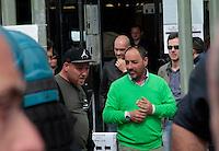 Il Padre GIOVANNI all uscita del tribunale emessa la sentenza nel processo per la morte di Davide Bifolco ragazzo ucciso da un carabiniere durante un controllo Parenti e Amici manifestano il loro disappunto all'esterno del palazzo di Giustizia di Napoli<br /> nella foto
