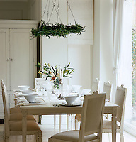White china and clear glass epitomise the pure simplicity that is Scandinavian style