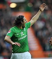 FUSSBALL   1. BUNDESLIGA   SAISON 2011/2012    16. SPIELTAG SV Werder Bremen - VfL Wolfsburg          10.12.2011 Claudio Pizarro (SV Werder Bremen)