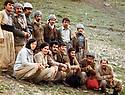 Iraq 1980  .In Nawzang, Kurds from Turkey. Pakchan Hafid, 1st left  .Irak 1980  .A Nowzang, kurdes de Turquie de Ala Rezgari .Packchan Hafid est la premiere a gauche