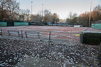Hilversum, Netherlands, December 4, 2016, Winter Youth Circuit Masters, rozen outside courts<br /> Photo: Tennisimages/Henk Koster