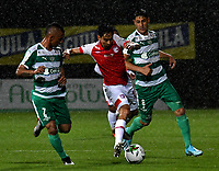 BOGOTÁ-COLOMBIA, 06-10-2019: Brayner de Alba, Pablo Lima de La Equidad y Fabián Sambueza de Independiente Santa Fe disputan el balón durante partido entre La Equidad y el Independiente Santa Fe de la fecha 15 por la Liga Águila II 2019, jugado en el estadio Metropolitano de Techo en la ciudad de Bogotá. / Brayner de Alba, Pablo Lima of La Equidad and Fabian Sambueza of Independiente Santa Fe vies for the ball, during a match between La Equidad and Independiente Santa Fe, of the 15th date for the Liga Aguila II 2019 at the Metropolitano de Techo stadium in Bogota city. / Photo: VizzorImage  / Luis Ramírez / Staff.