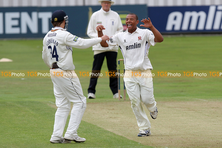 Rory Hamilton-Brown of Surrey is bowled out by Tymal Mills who celebrates with Billy Godleman - Essex CCC vs Surrey CCC - LV County Championship Division Two Cricket at The Ford County Ground, Chelmsford, Essex - MANDATORY CREDIT: Gavin Ellis/TGSPHOTO - Self billing applies where appropriate - 0845 094 6026 - contact@tgsphoto.co.uk - NO UNPAID USE