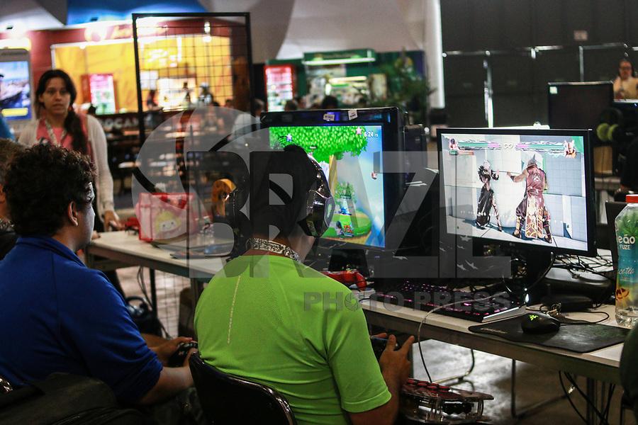SAO PAULO, SP - 12.02.2019 - CAMPUS PARTY - Movimentação durante o primeiro dia da Campus Party Brasil 2019 na manhã desta terça-feira (12) Expo Center Norte na zona norte de Sao Paulo.<br /> <br /> <br /> (Foto: Fabricio Bomjardim / Brazil Photo Press / Folhapress)