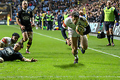2nd December 2017, Rioch Arena, Coventry, England; Aviva Premiership rugby, Wasps versus Leicester; Jonah Holmes of Leicester Tigers scores in the corner to make it 15-17
