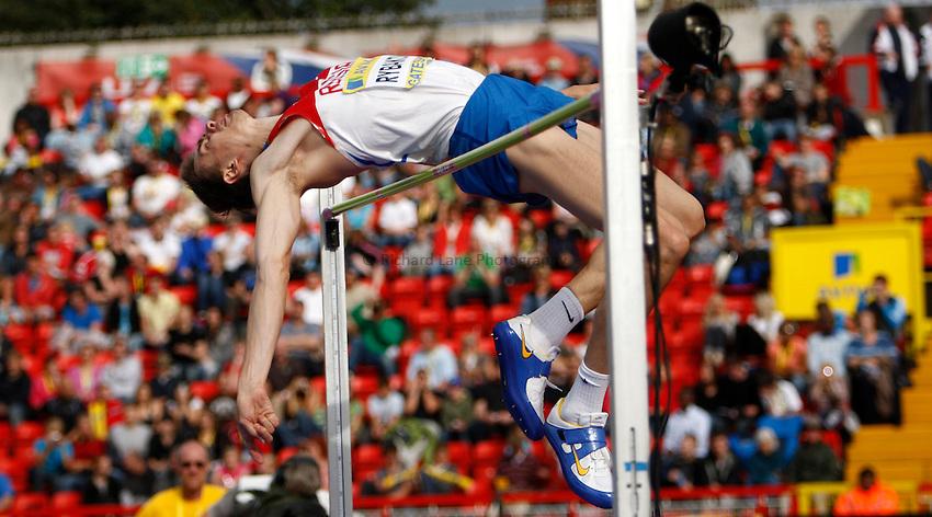 Photo: Richard Lane/Richard Lane Photography..Aviva British Grand Prix. 31/08/2009. Russia's Yaroslav Rybakov in the men's high jump.
