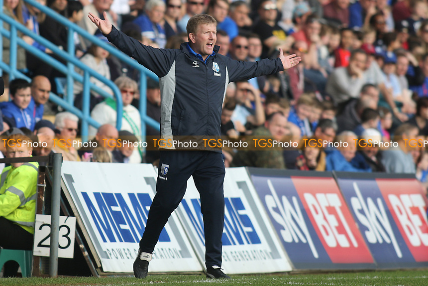Gillingham Manager, Ady Pennock during Gillingham vs Scunthorpe United, Sky Bet EFL League 1 Football at the MEMS Priestfield Stadium on 11th March 2017