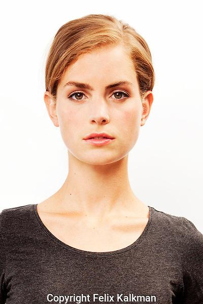 Amsterdam, 10 augustus 2012.Hannah Hoekstra.Actrice.Foto Felix Kalkman.