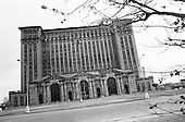 Detroit, Michigan<br /> USA<br /> March 23, 2009<br /> <br /> Known as the world's automotive center Detroit was once the home of 1.85 million people in the 1950's. It now houses 917,000 and for this reason it is said that there are now 80,000 abandoned buildings within the city.  <br /> <br /> Detroit's main train station was opened in 1913 but has not been used since 1988.