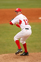 February 19, 2006:  Pitcher Trevor Holder (12) of the Georgia Bulldogs delivers a pitch during a game at Foley Field in Athens, GA.  Photo By David Stoner/Four Seam Images