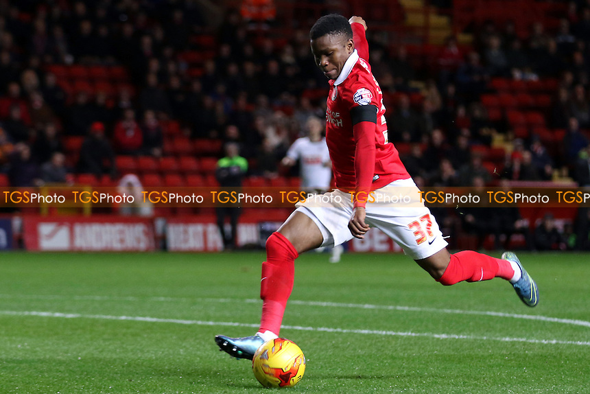 Ademola Lookman scores Charlton's opening goal during Charlton Athletic vs Bolton Wanderers at The Valley