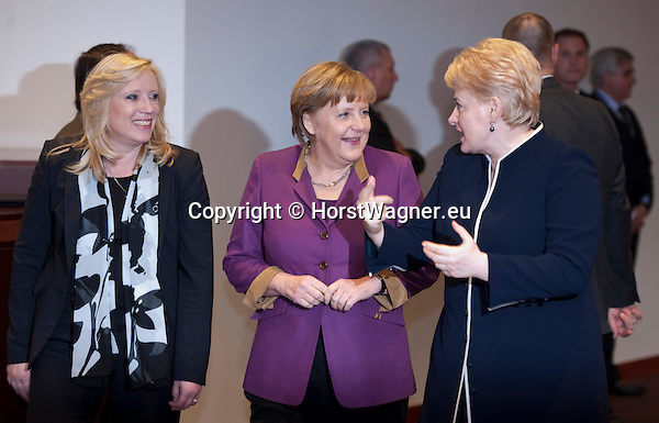 Brussels-Belgium - March 01, 2012 -- European Council, EU-summit during Danish Presidency; here, Angela MERKEL (ce), Federal Chancellor of Germany, with Dalia GRYBAUSKAITE (ri), President of Lithuania, and Iveta RADICOVA (le), Prime Minister of Slovakia -- Photo: © HorstWagner.eu