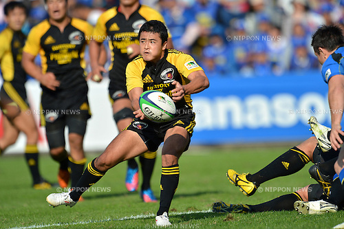 Atsushi Hiwasa (Sungoliath), .OCTOBER 20, 2012 - Rugby : Japan Rugby Top League 2012-2013, 7th Sec match between Suntory Sungoliath 34-20 Panasonic Wild Knights at Chichibunomiya Rugby Stadium, Tokyo, Japan. (Photo by Jun Tsukida/AFLO SPORT) [0003].