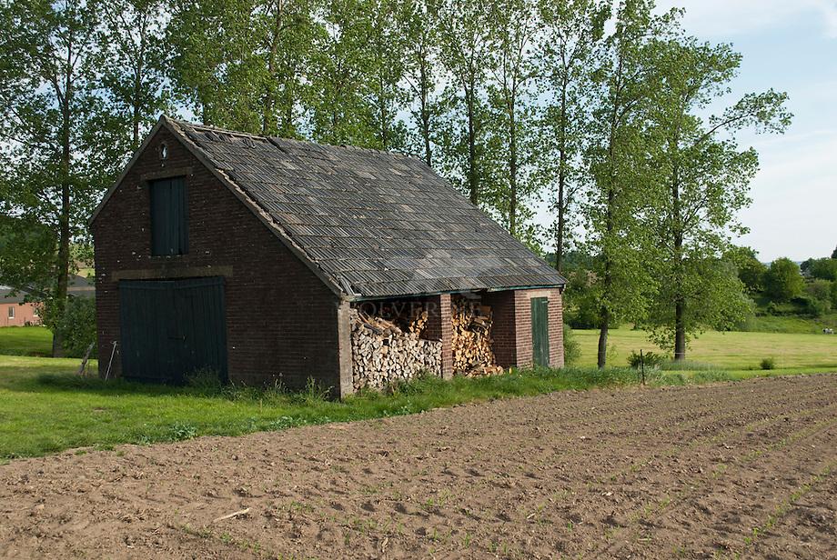 Boeren veldschuur te Diependal - Limburg