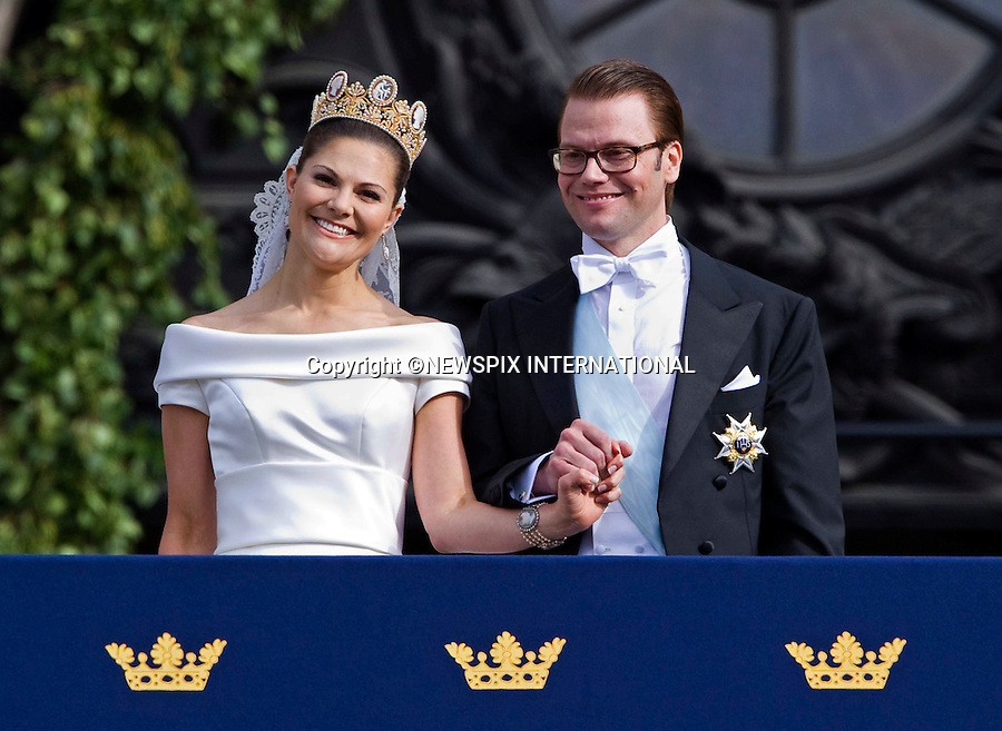 "PRINCESS VICTORIA AND PRINCE DANIEL (Duke of Västergötland) WEDDING.a lot can read into a public kiss and body language..Crown Princess Victoria and Daniel Westling on the Lejonbacken Terrace of the Royal Palace, Stockholm_19/06/2010.Mandatory Credit Photo: ©DIAS-NEWSPIX INTERNATIONAL..**ALL FEES PAYABLE TO: ""NEWSPIX INTERNATIONAL""**..IMMEDIATE CONFIRMATION OF USAGE REQUIRED:.Newspix International, 31 Chinnery Hill, Bishop's Stortford, ENGLAND CM23 3PS.Tel:+441279 324672  ; Fax: +441279656877.Mobile:  07775681153.e-mail: info@newspixinternational.co.uk"