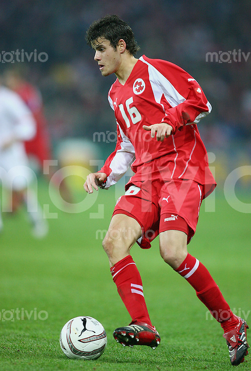 Fussball International WM Qualifikation Schweiz 2-0 Tuerkei Tranquillo Barnetta (SUI) am Ball