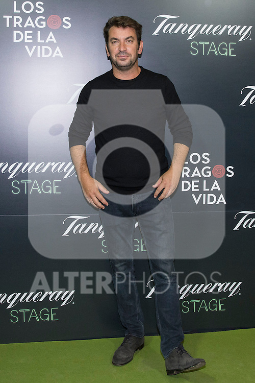"Arturo Valls  during the premiere of ""Los tragos de la vida"" directed by Daniel Guzman at Infanta Isable theatre in Madrid. October 05, 2016. (ALTERPHOTOS/Rodrigo Jimenez)"