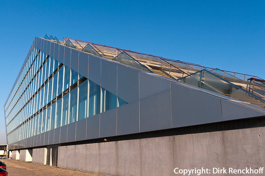 Bürogebäude Dockland erbaut 2005 von Hadi Teherani, Hamburg Altona, Deutschland