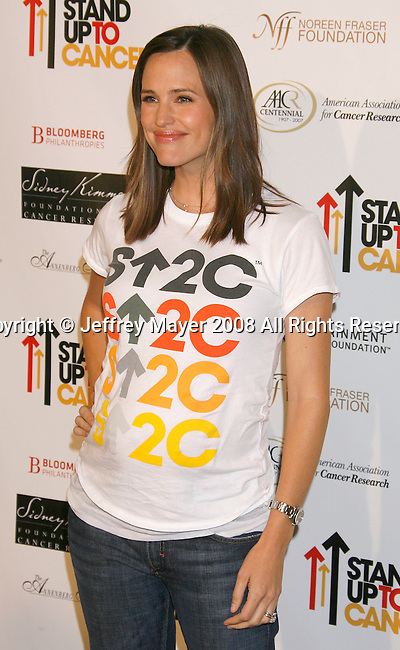 HOLLYWOOD, CA. - September 05: Actress Jennifer Garner arrives at Stand Up For Cancer at The Kodak Theatre on September 5, 2008 in Hollywood, California.