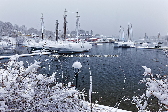Winter, Camden, Maine, USA