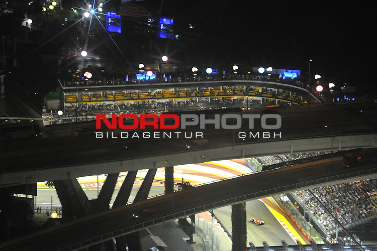 19.-22.09.2013, Marina-Bay-Street-Circuit, Singapur, SIN, F1, Grosser Preis von Singapur, Singapur, Felipe Massa (BRA), Scuderia Ferrari <br />  Foto &copy; nph / Mathis