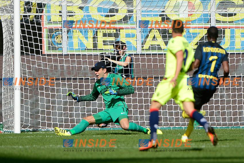 Gol di Mattia Destro Bologna 0-1. Celbration goal<br /> Milano 25-09-2016 Stadio Giuseppe Meazza - Football Calcio Serie A Inter - Bologna. Foto Giuseppe Celeste / Insidefoto