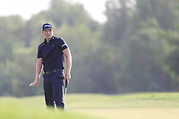 Matt Wallace (ENG) on the 15th green during the 2nd round of the DP World Tour Championship, Jumeirah Golf Estates, Dubai, United Arab Emirates. 16/11/2018<br /> Picture: Golffile | Fran Caffrey<br /> <br /> <br /> All photo usage must carry mandatory copyright credit (© Golffile | Fran Caffrey)