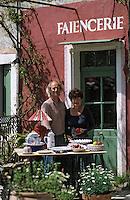 Europe/France/84 /Vaucluse/Brantes: Martine Gilles et Jaap Wieman Artisans Potiers