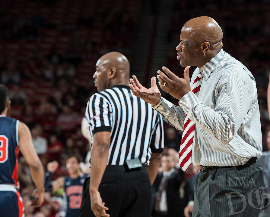 NWA Democrat-Gazette/ANTHONY REYES &bull; @NWATONYR<br /> Arkansas head coach Mike Anderson reacts to his team as they play Auburn in the second half Wednesday, Feb. 17, 2016 at Bud Walton Arena in Fayetteville. The Razorbacks lost 90-86.