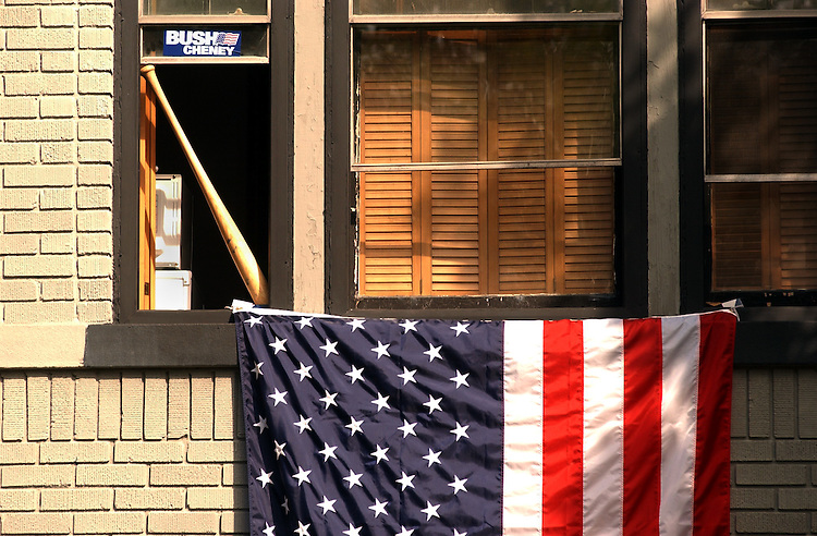 2flag091801 -- An American Flags hangs out of a East Capitol Street rowhouse.