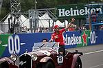 02.09.2018, Autodromo di Monza, Monza, FORMULA 1 GRAN PREMIO HEINEKEN D'ITALIA 2018<br />,im Bild<br />Fahrerparade mit Sebastian Vettel (GER#5), Scuderia Ferrari<br /> <br /> Foto &copy; nordphoto / Bratic