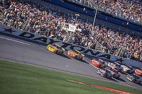 Strive Park leads, Daytona 500, Daytona International Speedway, Daytona Beach, FL, February 18, 2001.  (Photo by Brian Cleary/ www.bcpix.com )