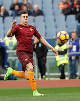 Roma&rsquo;s Stephan El Shaarawy in action during the Italian Serie A football match between Roma and Napoli at Rome's Olympic stadium, 4 March 2017. <br /> UPDATE IMAGES PRESS/Riccardo De Luca