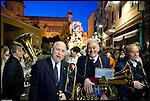 I preparativi per la Processione del Venerdì Santo delle Confraternite di Savona. The holy friday procession in Savona.