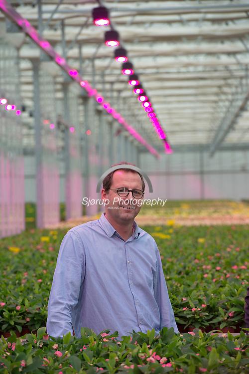 Fionia/Senmatic laver LED lys til gartnerier og har fået stor succes På billedet ses Morten Hjort (Sales Manager)