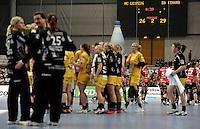 EHF Champions League Handball Damen / Frauen / Women - HC Leipzig HCL : SD Itxako Estella (spain) - Arena Leipzig - Gruppenphase Champions League - im Bild: Auszeit kurz vor Ende der zweiten Spielhälfte - Itxako führt mit drei Toren- Timeout Motivation Taktik. Foto: Norman Rembarz .