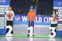SCHAATSEN: HEERENVEEN: 15-12-2018, ISU World Cup, Podium 500m Ladies Division B, Qishi Li (CHN), Letitia de Jong (NED), Arisa Tsujimoto (JPN), ©foto Martin de Jong