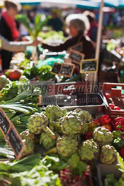 Europe/France/Bretagne/56/Morbihan/Vannes: Etal de légumes  sur le marché