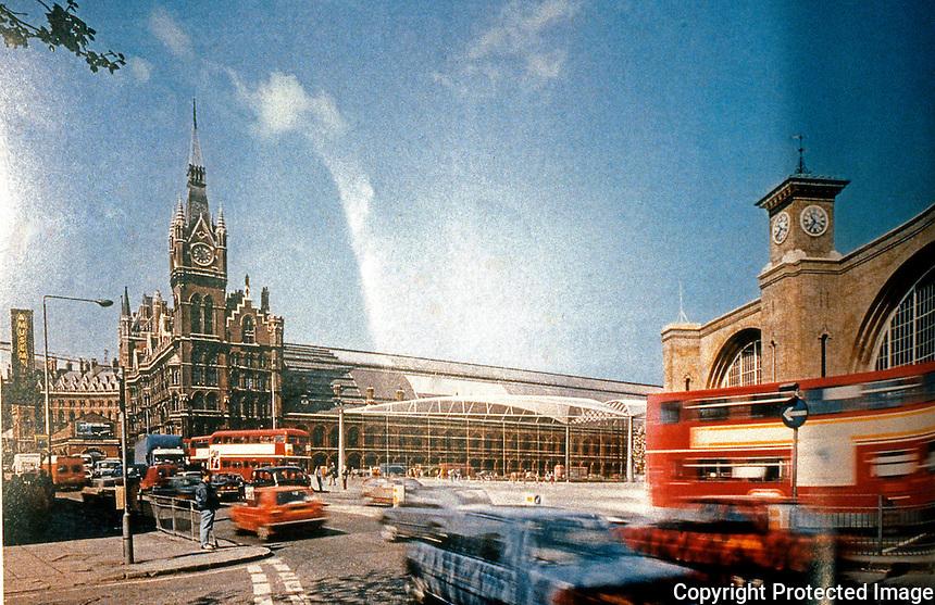 London: Foster Assoc.--King's Cross Scheme-Montage.