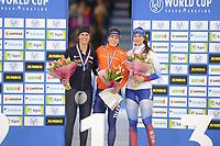 SCHAATSEN: HEERENVEEN: 15-12-2018, ISU World Cup, Podium 1500m Ladies Division A, Brittany Bowe (USA), Ireen Wüst (NED), Yekaterina Shikova (RUS), ©foto Martin de Jong
