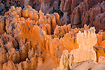 Bryce Canyon National Park, Sunset, Point Navajo Loop Trail, erosion, arid, Utah, UT, Southwest America, American Southwest, US, United States, Image ut336-17627, Photo copyright: Lee Foster, www.fostertravel.com, lee@fostertravel.com, 510-549-2202