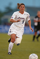 Mia Hamm of the Washington Freedom scored 2 goals to lead the Freedom over the New York Power 4-1. The game was played on June 29th at Mitchel Athletic Complex, Uniondale, NY.