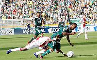 S&Atilde;O PAULO,SP, 14 JANEIRO 2011 - AMISTOSO PALMEIRAS X AJAX (HOL)<br /> Durante  partida entre as equipes do Palmeiras X Ajax (hol) realizada no  Est&aacute;dio Paulo Machado de Carvalho (Pacaembu) na zona oeste de S&atilde;o Paulo, neste Sabado (14). (FOTO: ALE VIANNA - NEWS FREE).