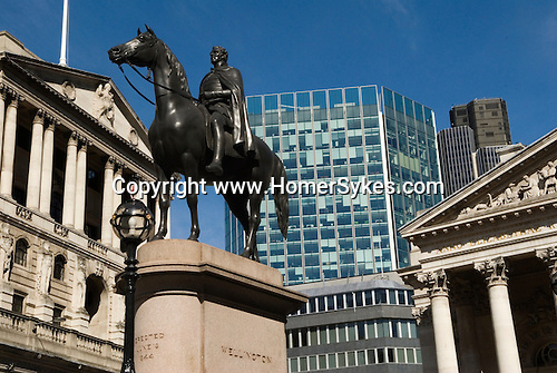 Bank of England City of London Skyline. Royal Exchange building Duke of Wellington Statue Royal Exchange Square. EC2