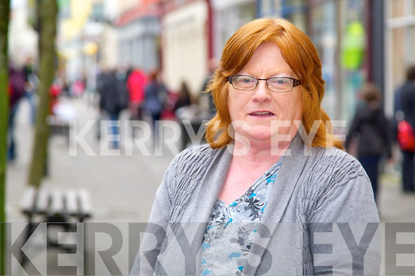 Helen Carmody, Caherleaheen Tralee.<br /> There's quite a lot of shops and restaurants in the town centre all the shops are near each other.  Always meet somebody to go for a tea or coffee with.  Likes the hustle and bustle of the town centre